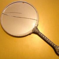 割れた鏡の処分法