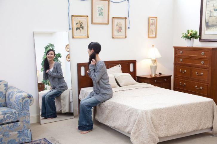 寝室や子供部屋に安全で鮮明な割れない鏡リフェクス